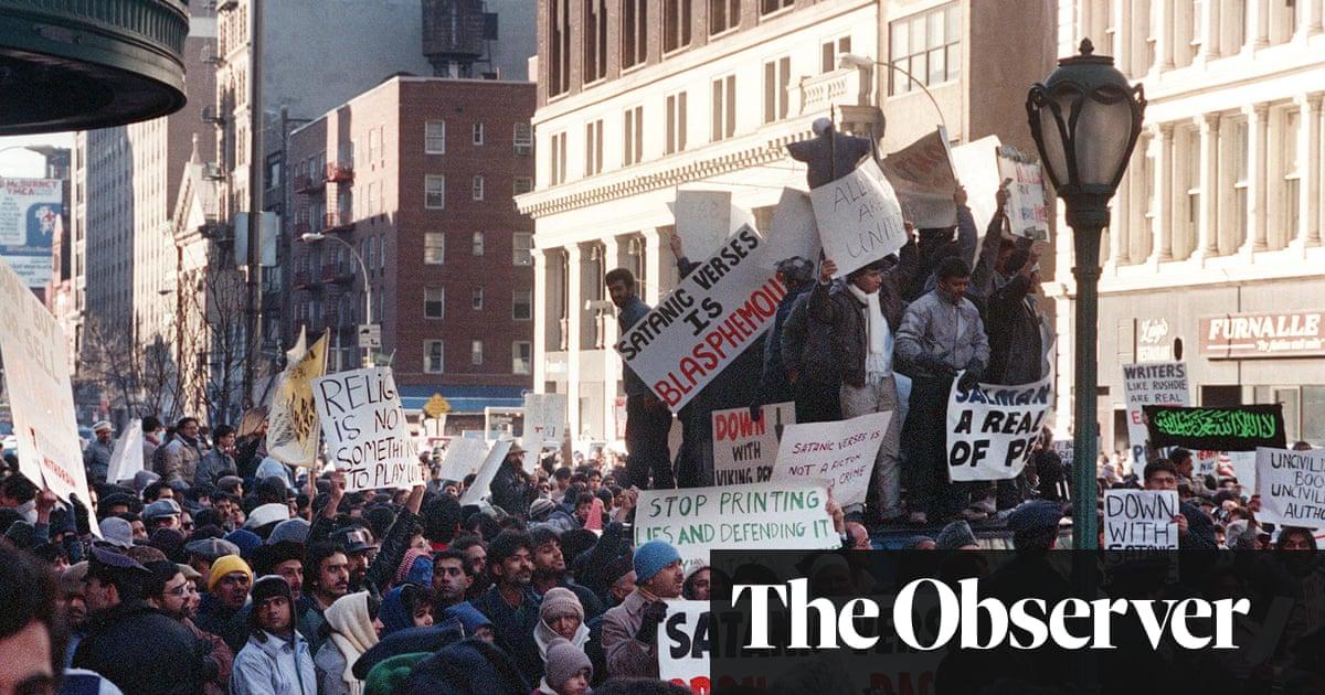 Free Speech: Ten Principles for a Connected World by Timothy Garton