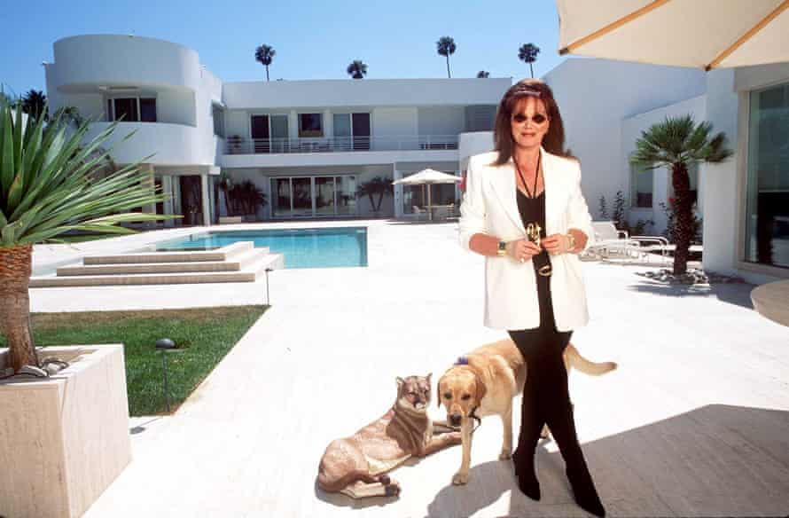 Jackie Collins in 1995 at home in Beverly Hills.