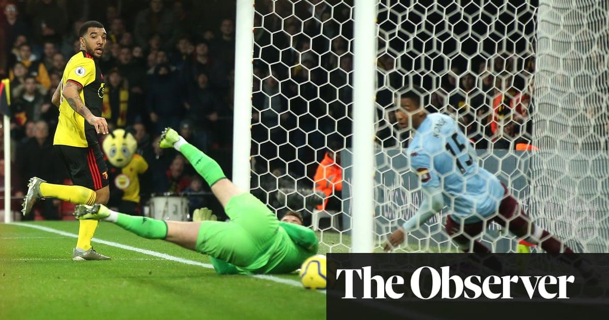 Troy Deeney double helps resurgent Watford beat Villa with 10 men