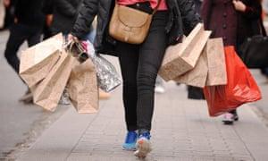 Shopper carrying bags
