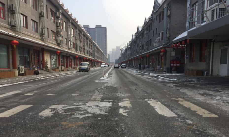 Gaobeidian in Beijing lies deserted due to the coronavirus.