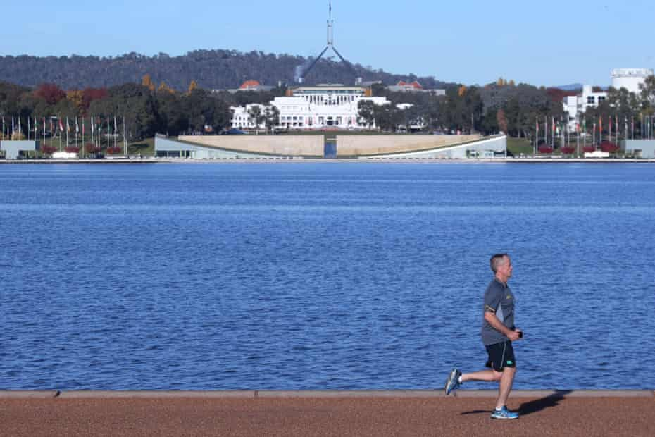 Opposition leader Bill Shorten goes for a run around Lake Burley Griffin in Canberra before work, May 2017