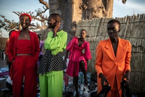 Models in creations by the Senegalese label Bobo By Sag wait to be called