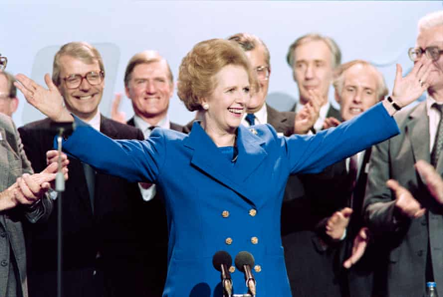 Thatcher with cabinet members at the end of the Conservative party conference in Blackpool, 1989.