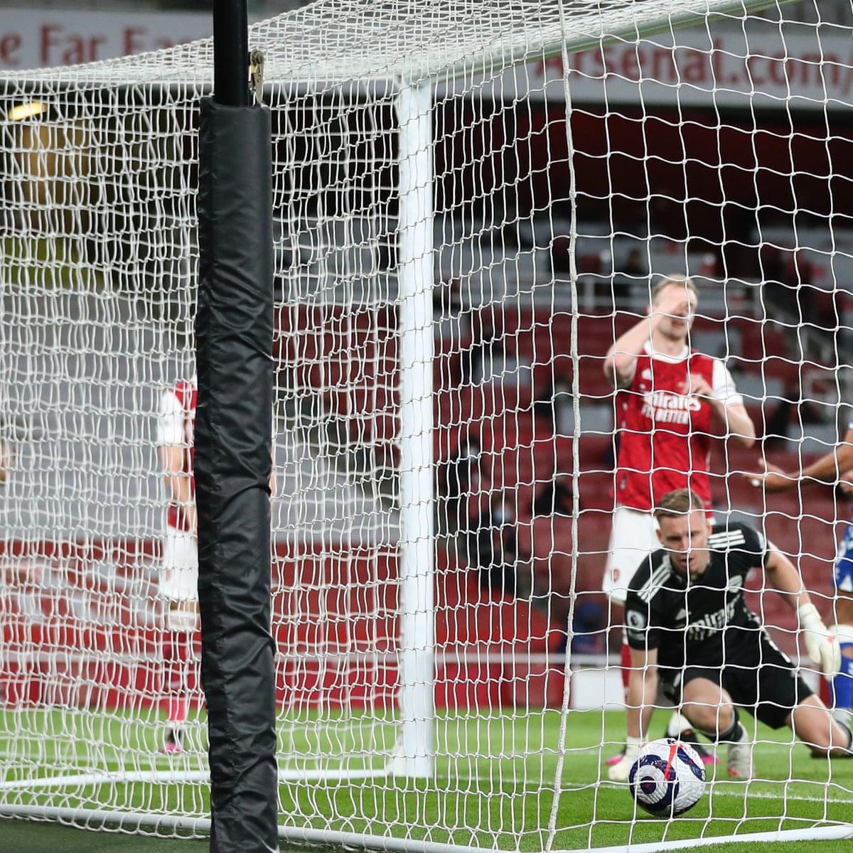 Arsenal endure ESL protests before Bernd Leno blunder gifts Everton win |  Premier League