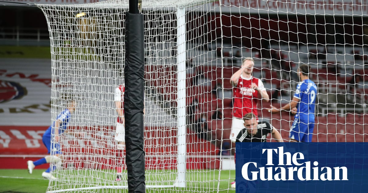 Arsenal endure ESL protests before Bernd Leno blunder gifts Everton win