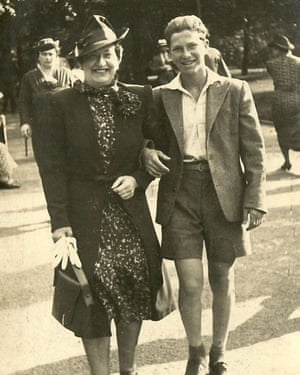 Ben Abeles with his mother in Prague just before leaving for England in July 1939