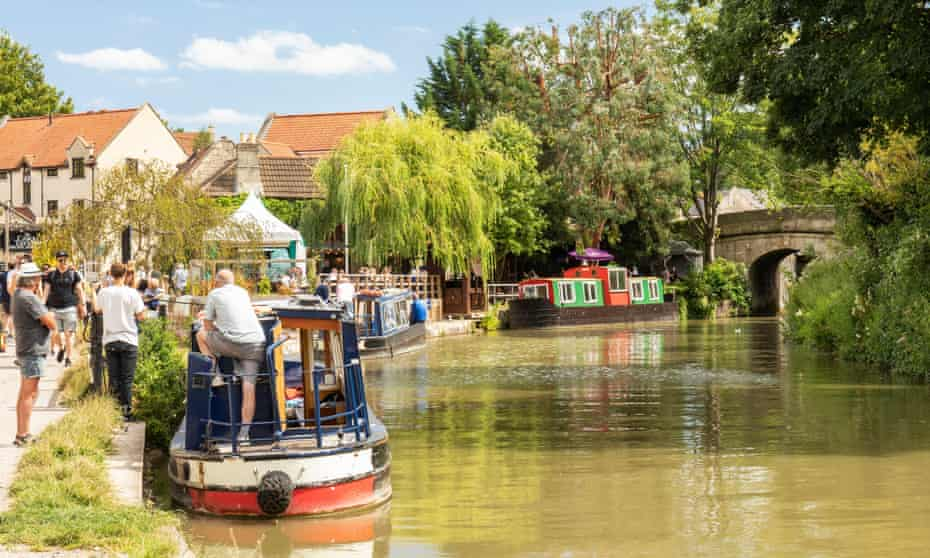 The Lock Inn on The Kennet and Avon Canal at Bradford-on-Avon in Wiltshire.