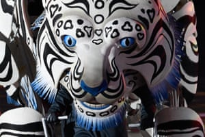The white tiger, one of the four guardian gods and protectors of peace, prowls the stage