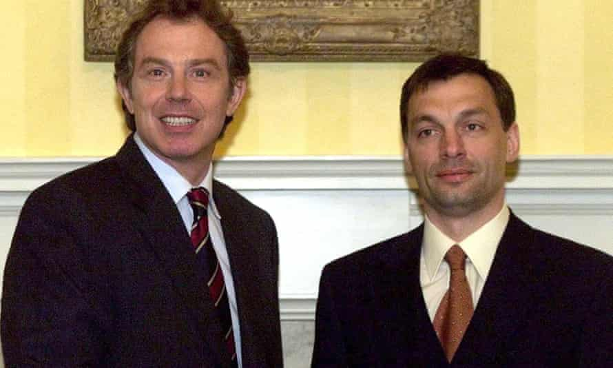 Tony Blair with Viktor Orbán in 1998