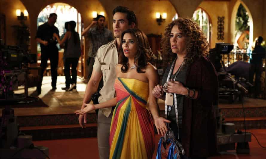 Telenovela: Jose Moreno Brooks as Gael Garnica, Eva Longoria as Ana Sofia Calderon, and Diana Maria Riva as Mimi Moncada.
