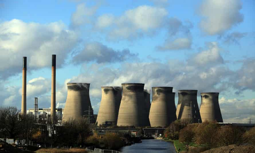 The coal-fuelled Ferrybridge power station in West Yorkshire.