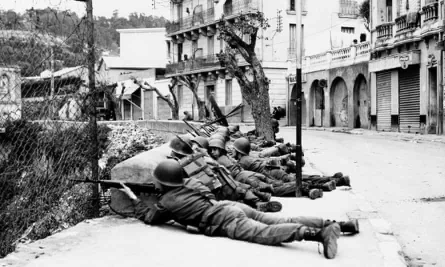 French troops in the Bab-El-Oued district of Algiers in March 1962