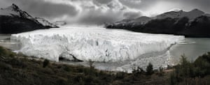 Front, Argentina, 2000. The vast Perito Moreno glacier in Argentina is one of the few glaciers that is actually advancing in defiance of climate change. Almost all of the 47 large glaciers in Patagonia's Los Glacieres National Park have retreated steadily over the past 50 years due to warming temperatures