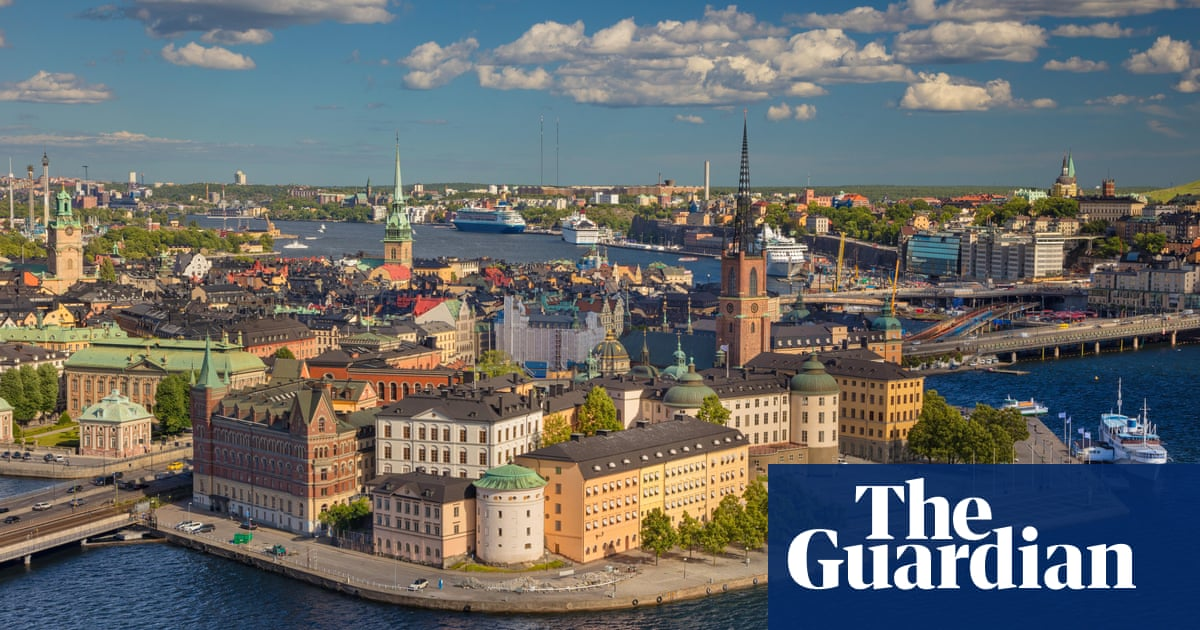 China accuses Sweden of violating human rights over treatment of tourists