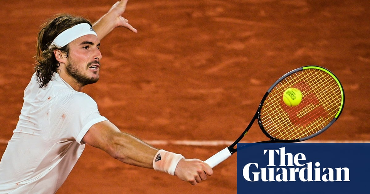 Tsitsipas rolls over Medvedev to set up French Open semi-final with Zverev