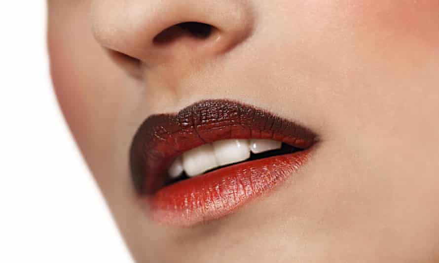 Red gloss lips with ombre effect