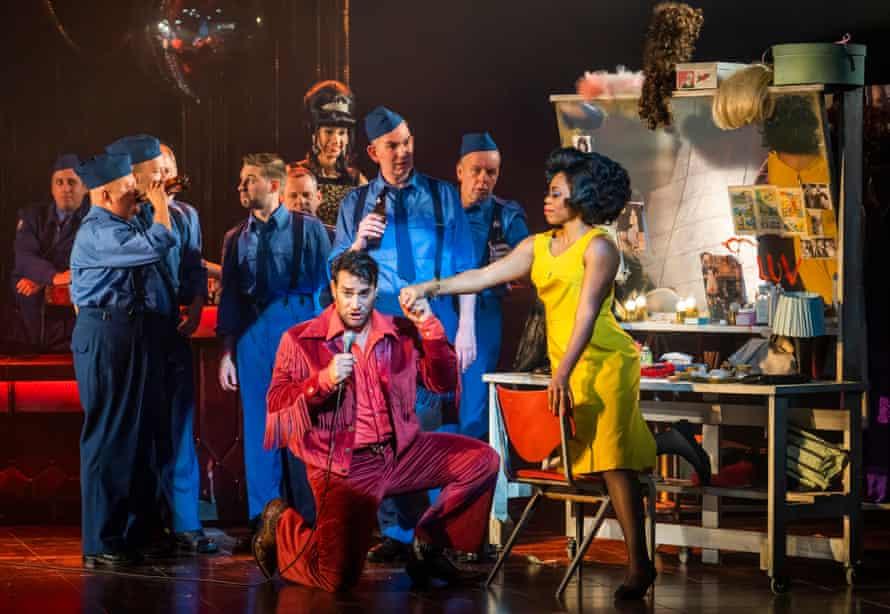 Phillip Rhodes as Escamillo and Williams as Carmen in Opera North's production.