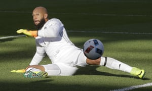 Tim Howard has backed up a solid defence, but the Rapids are struggling in attack.