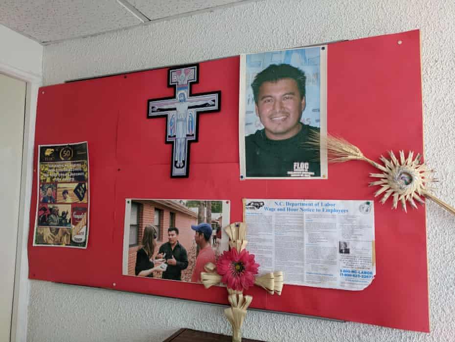 In 2007, Santiago Rafael Cruz, a young union organizer, was murdered at the Floc office in Monterrey.