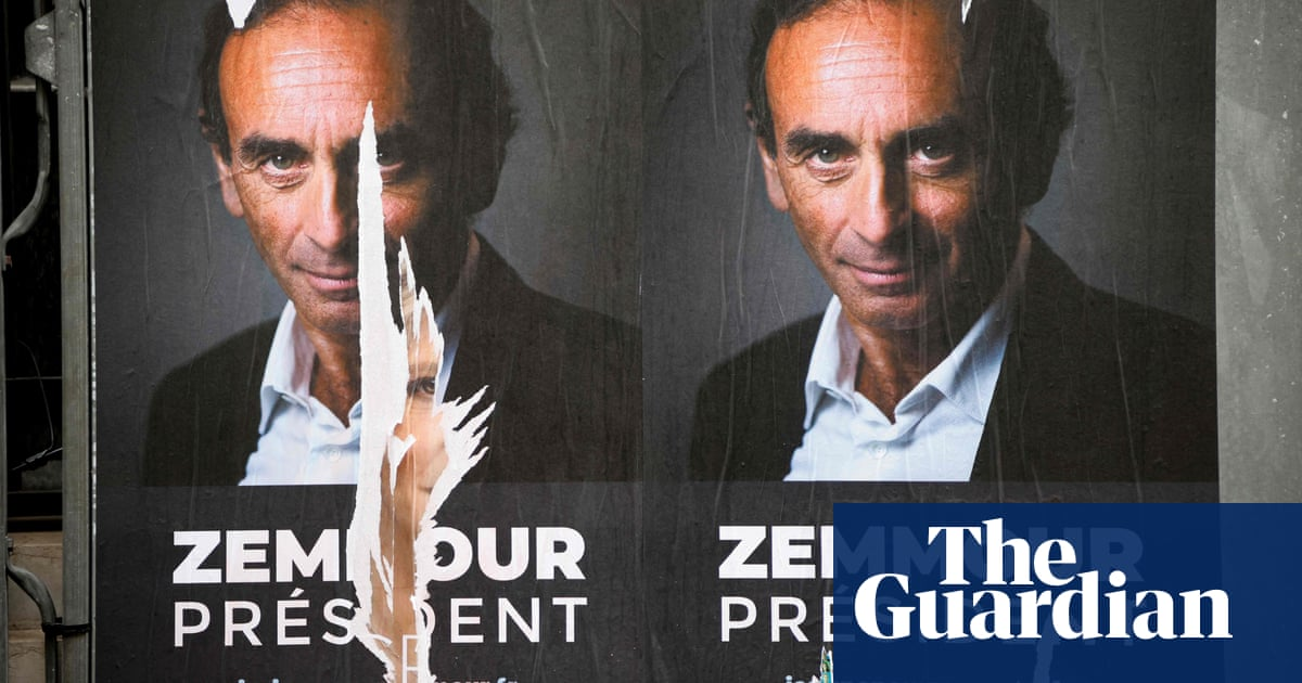Far-right journalist quits French TV show amid election rumours