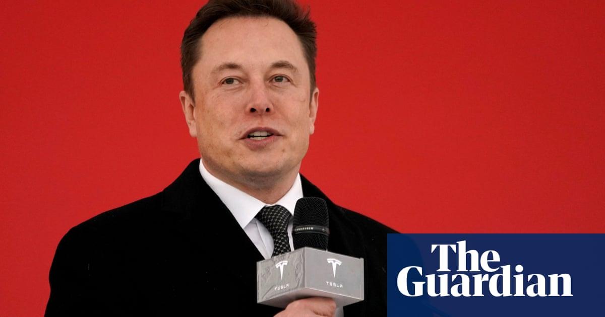 Model Y: Tesla unveils new electric crossover SUV
