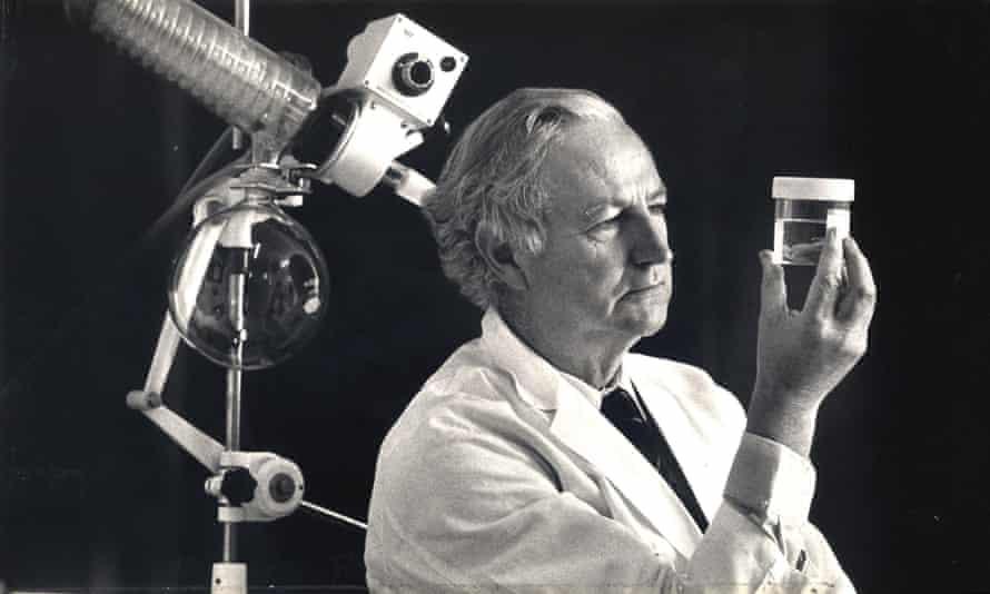 Dr William McBride