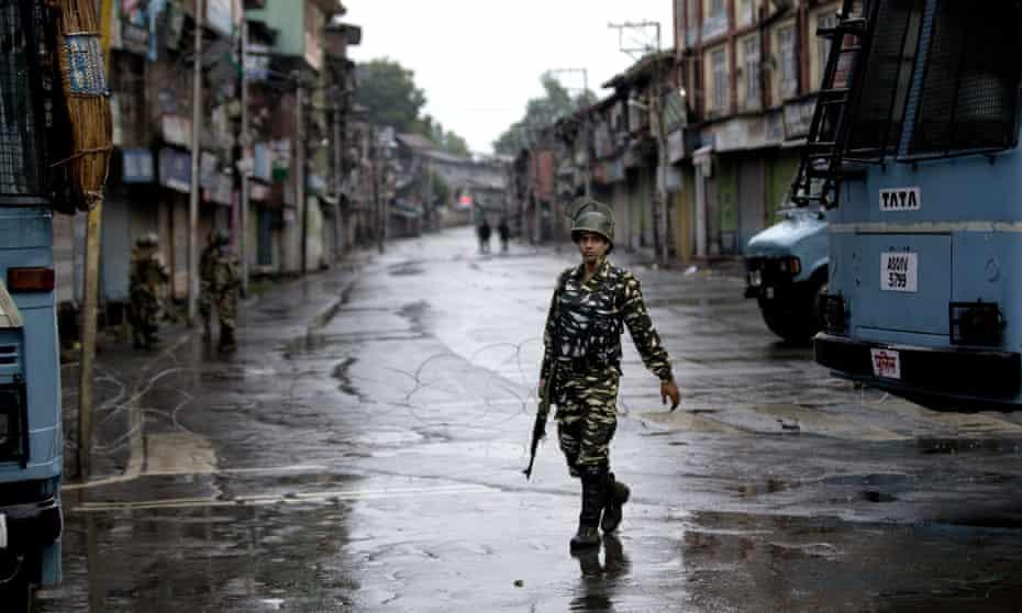 Indian security personnel in Srinagar, Kashmir.