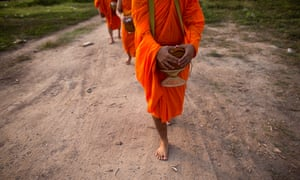 The beiguni have rejected settled life for an existence of constant movement, in the tradition of itinerant Buddhist monks.