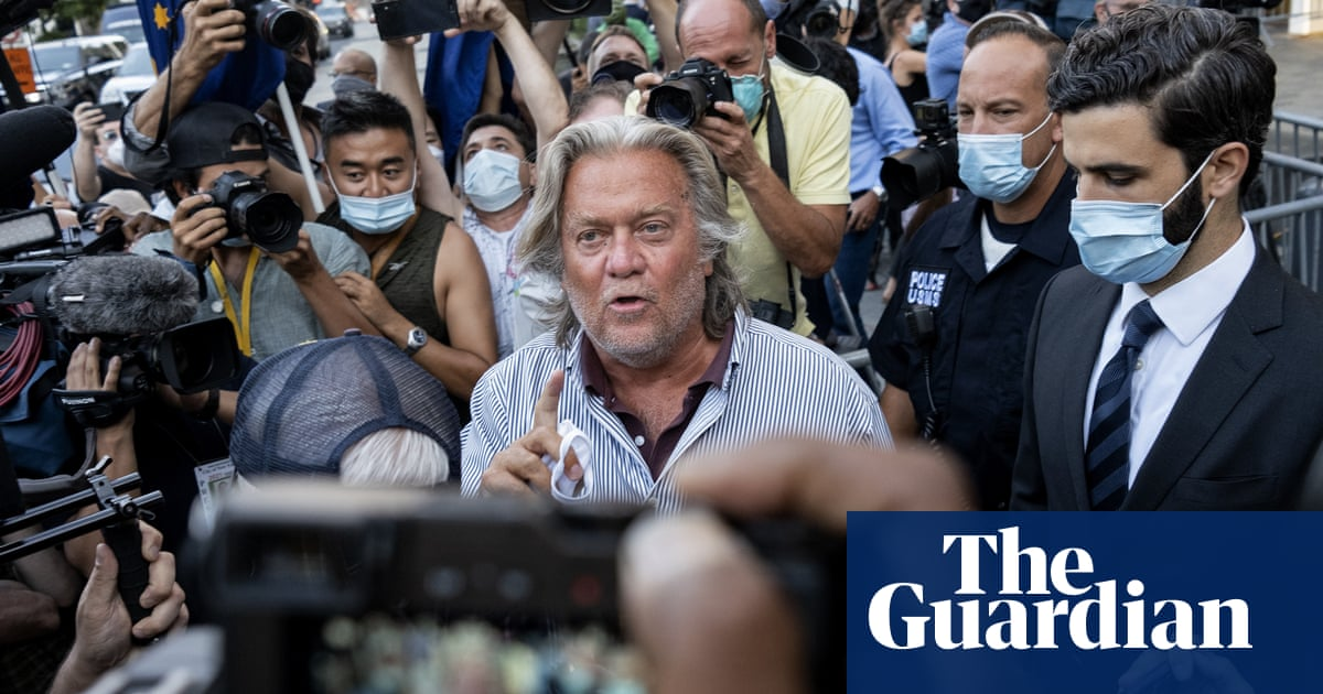 Sunburned Steve Bannon's court appearance is subdued – until the last moment – The Guardian