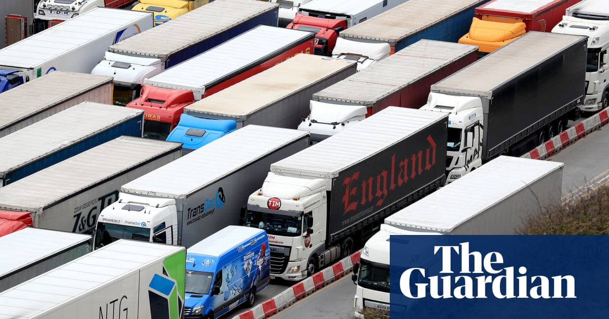 Yellowhammer: no-deal chaos fears as secret Brexit papers published
