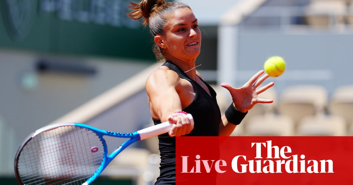 French Open 2021: Maria Sakkari v Iga Swiatek, Krejcikova beats Gauff – live!