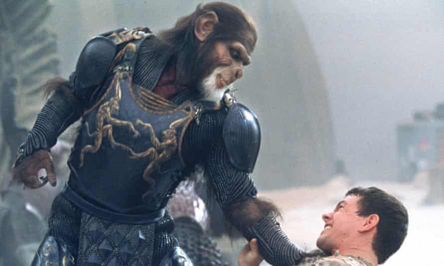 Tim Roth and Mark Wahlberg in Planet of the Apes.