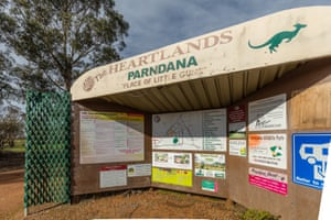 The Parndarna township.