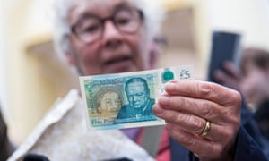 The new polymer £5 note .