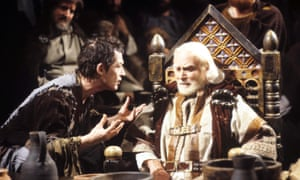 Laurence Olivier as King Lear and John Hurt as the Fool.