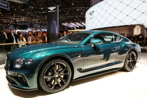 The Bentley Continental GT Number 9 is a homage to the original Bentley Blower 1930 which competed at Le Mans. Production is limited to 100 cars.