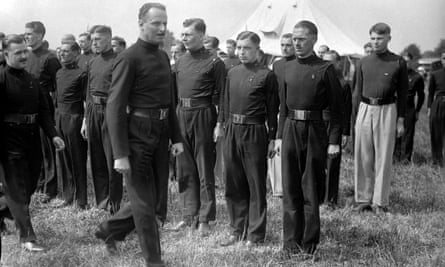 """Sir Oswald Mosley, leader of the British Union of Fascists, inspects his """"Blackshirts"""" in London, 17 July 1935."""