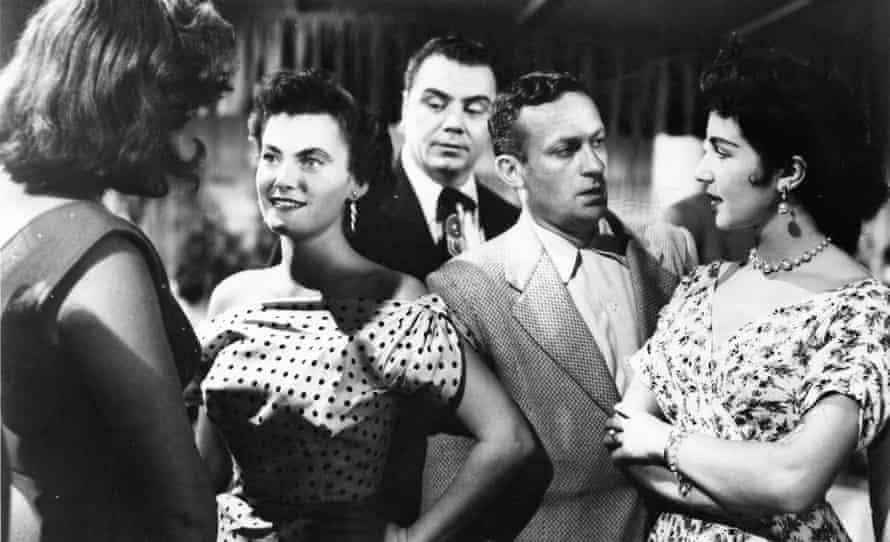 Delbert Mann's Bronx romance, Marty (1955), starring Ernest Borgnine (centre).