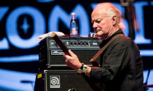 The Zombies' Jim Rodford performing