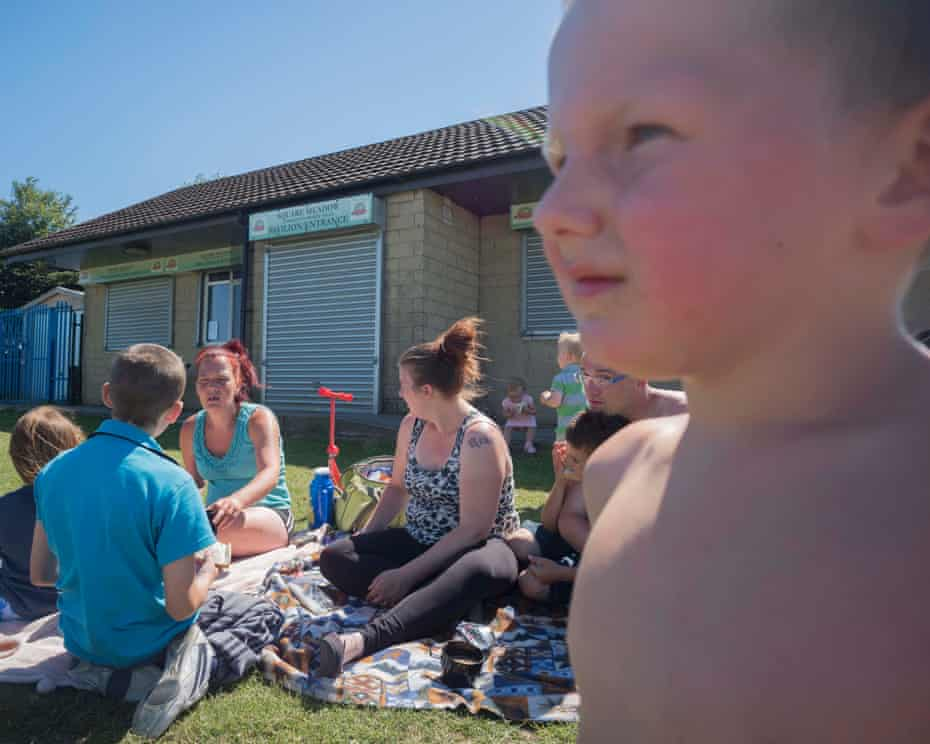 Emma (Mark's partner on left) picnicking with Kirsti and some of their chidren, Darwen. In the foreground is Anthony. June 2018