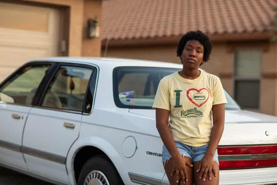Roniah Trotter, 18, is filing a lawsuit against the Phoenix police for excessive force, assault and battery, and emotional distress.