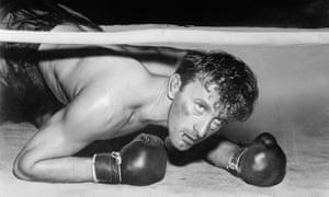 Kirk Douglas as Midge Kelly in Champion, 1949.