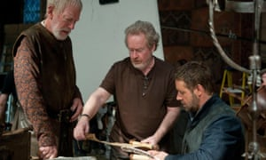Max von Sydow with director Ridley Scott and Russell Crowe on the set of Robin Hood, 2010