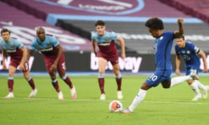 Willian scores a penalty for Chelsea against West Ham on 1 July.