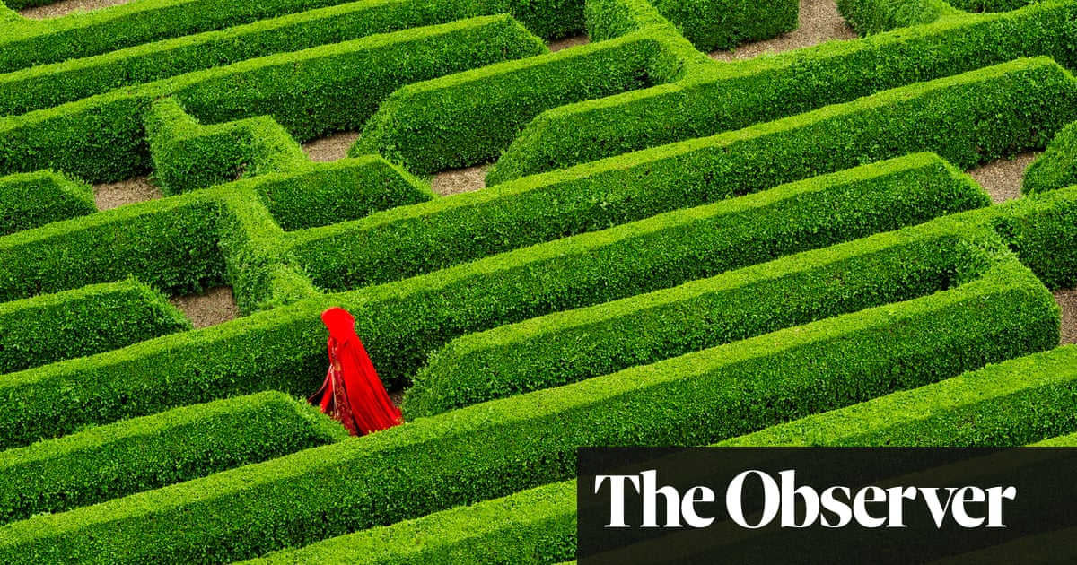 ffd4a66319e Red Thread  On Mazes and Labyrinths by Charlotte Higgins – review ...