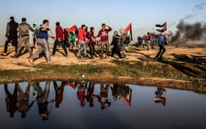 Palestinians protest in Gaza to demand the right to return to their homeland.