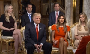 """""""Como lo hacen los monarcas, Trump mantendrá a sus herederos cerca del centro del poder""""."""
