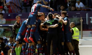 Levante players celebrate during the 4-1 victory over Rayo.