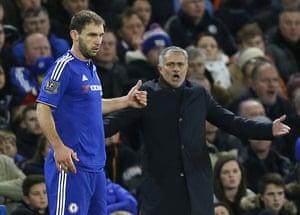 Chelsea's manager José Mourinho shouts towards captain Branislav Ivanovic during the game.